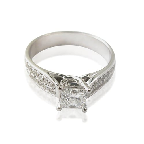 טבעת אירוסין  דגם Paulina