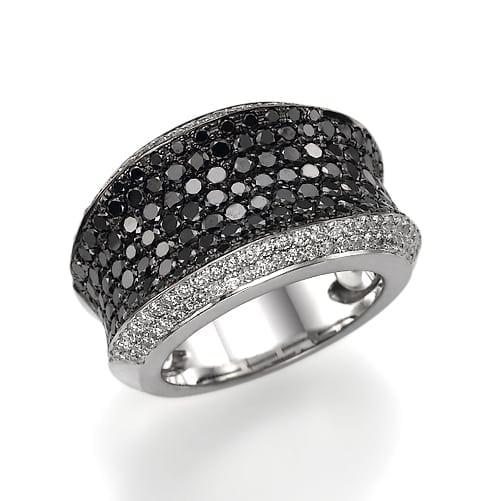 טבעת יהלומים שחורים ולבנים דגם Beyonce