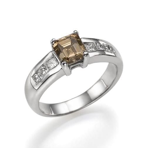 טבעת יהלומים Fancy Brown