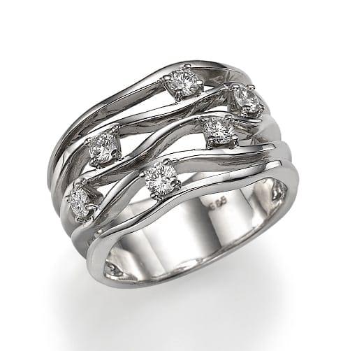 טבעת יהלומים דגם Lilian