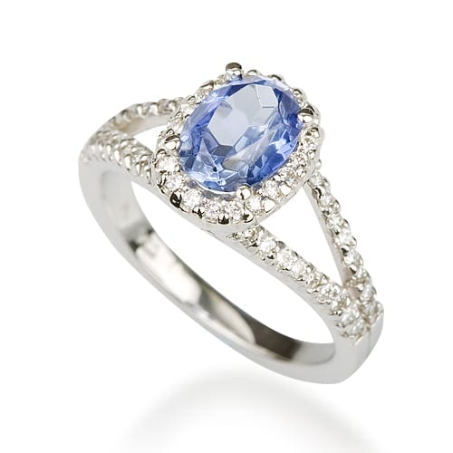 טבעת יהלומים דגם Lina