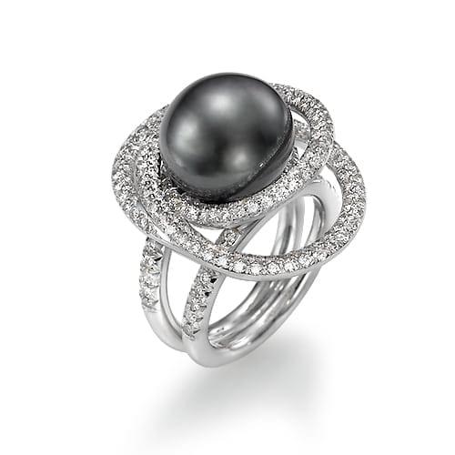 טבעת יהלומים ופנינה שחורה