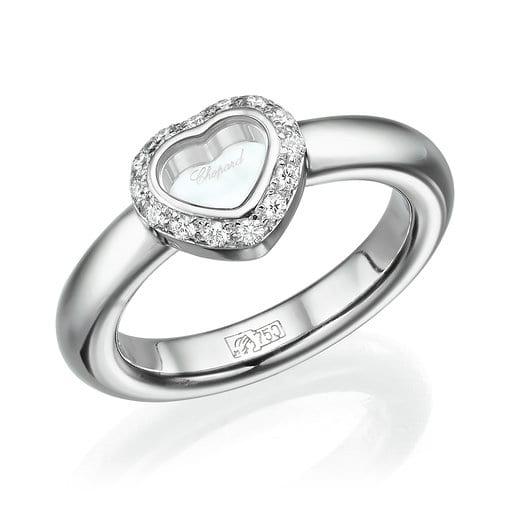 """טבעת """"שופארד"""" מקורית בעיצוב לב ב-20% הנחה!!!"""